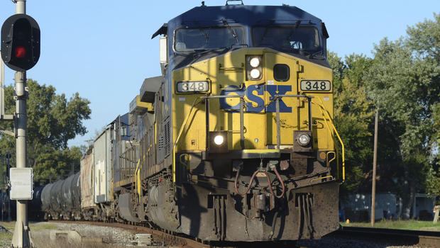 In this Sept. 25, 2014 photo, a southbound CSX train of tank cars heads towards Eighth Avenue near 13th street in Terre Haute, Ind. / Jim Avelis, AP